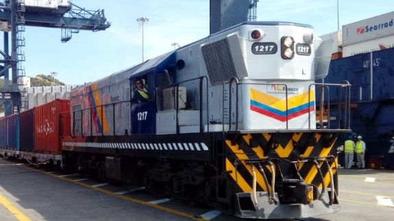 Coffee begins to be carried by train to the port of Santa Marta