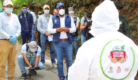 GOBERNACIÓN Y COMITÉ DE CAFETEROS DEL CAUCA, ESTABLECEN ACUERDO PARA CUIDAR LA SALUD DE CAFICULTORES Y RECOLECTORES