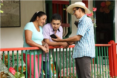FNC y Tigo Colombia suman esfuerzos para llevar mejor conectividad a zonas cafeteras