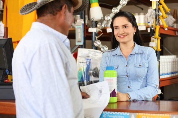 Nestlé creará fondo de mil millones de pesos en créditos a caficultores del Plan NESCAFÉ® para compra de fertilizantes