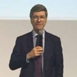 Jeffrey D. Sachs proposes to create a World Coffee Fund to finance sustainability of farmers