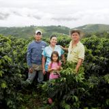 Mujer  y Familia: Eje central de la actividad cafetera