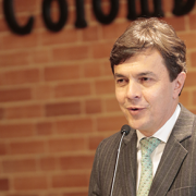Palabras Dr. Roberto Vélez Vallejo