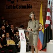 Ministerio de Comercio destina más de $2 mil millones a sector cafetero
