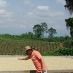 FNC Helps Improve Income of Coffee Growers and Maintains High Export Standards