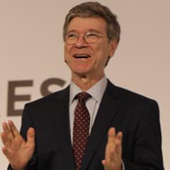 5¢ más en precio de una taza de café significaría mucho para el productor.- Jeffrey Sachs